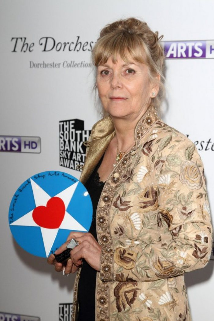 Kate Atkinson with the award